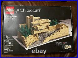 Authentic LEGO Architecture Fallingwater 21005 Complete With Box And Manual