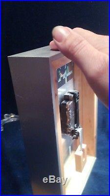Bulova Clock Frank Lloyd Wright Water Lillies Quartz Clock B1858