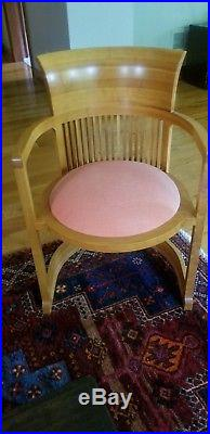 Frank Lloyd Wright 606 Barrel Chair Cassina Excellent Used Condition