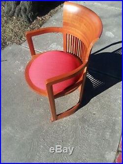 Frank Lloyd Wright MCM Barrel Chair by Cassina mid century modern chair
