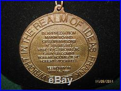 Frank Lloyd Wright Medallion 1990 THE MARIN COUNTY CIVIC CENTER +2015 Calendar