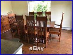 Frank Lloyd Wright, Prairie Style, 10 piece Oak Dining Room set