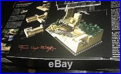 LEGO Architecture Fallingwater (21005) Frank Lloyd Wright, Adam Reed Tucker