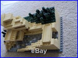 LEGO Architecture Rare Fallingwater Frank Lloyd Wright 21005 with instructions