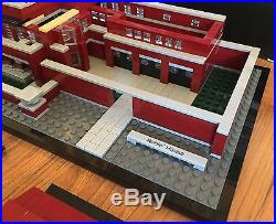 Lego Architecture Set 21010 Frank Lloyd Wright Robie House withBox & Manual-99.9%