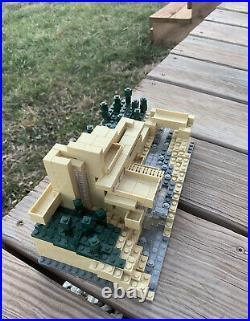 Lego Fallingwater 21005 Frank Lloyd Wright Architecture (Retired) No Book/Box